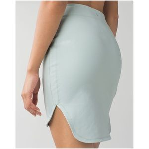 NWT Lululemon City Skirt in Minty Grey